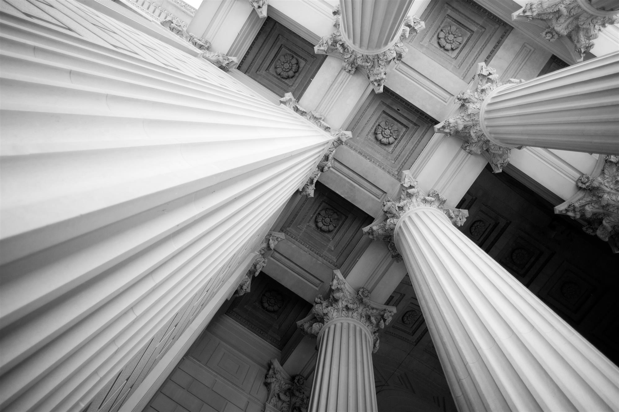 capital_building_columns_ceiling