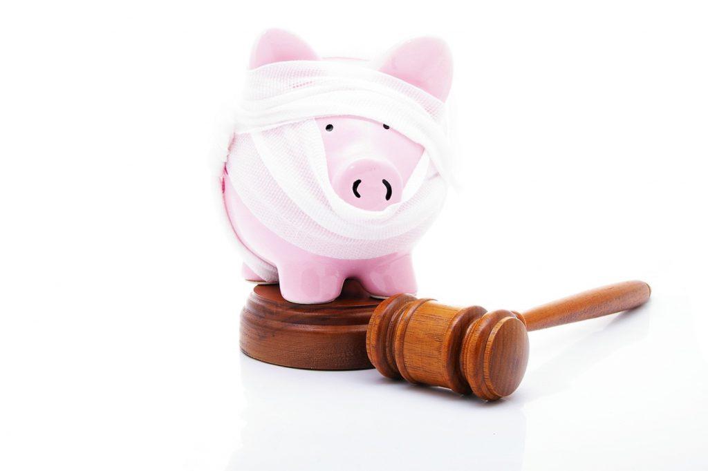 piggy bank and gavel